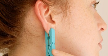 Post image for This Incredible Pain Relief Method Is As Simple As Putting A Clothespin On Your Ear
